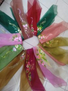 jilbab lukis karya mm craft e1creative